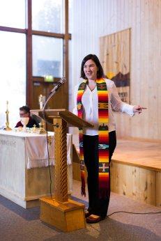 guest minister Rev. Julie Avis Rogers